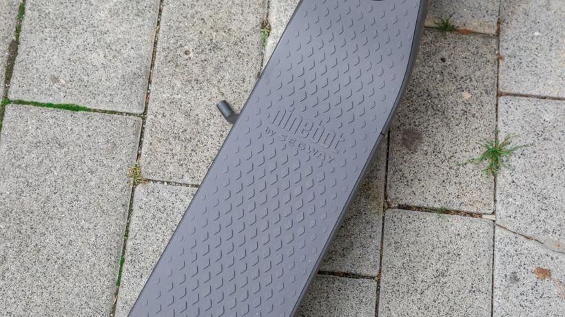 Segway Ninebot ES4 Foot Deck