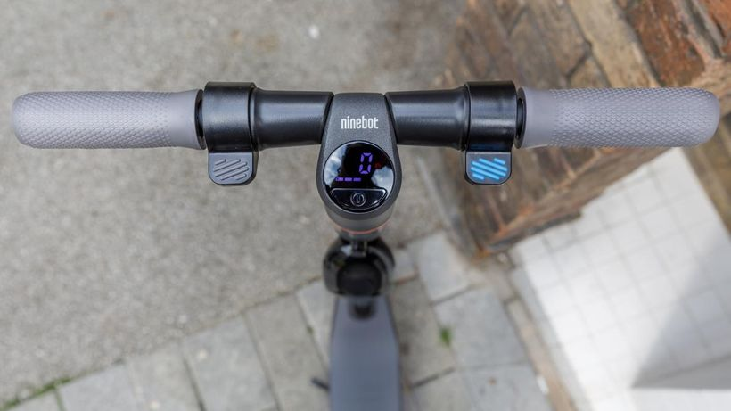 Ninebot ES4 Handlebars and LED Display