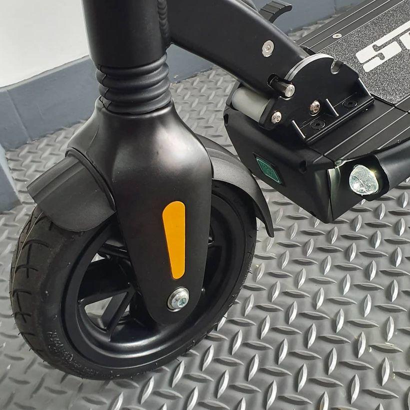 Speedway Leger 8.5 inch Pneumatic Tires
