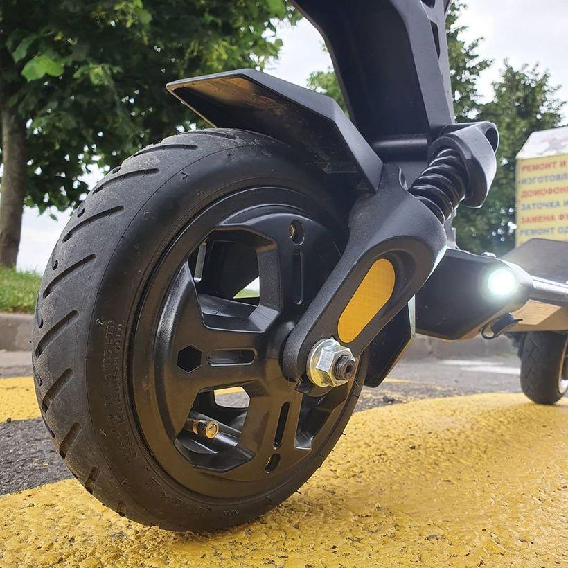 Dualtron Mini Front Tire and Suspension