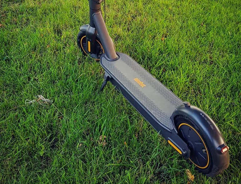 Segway Ninebot Max Foot Deck