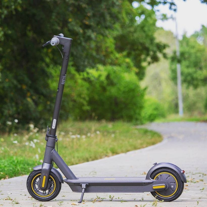 Segway Ninebot Max Side Profile