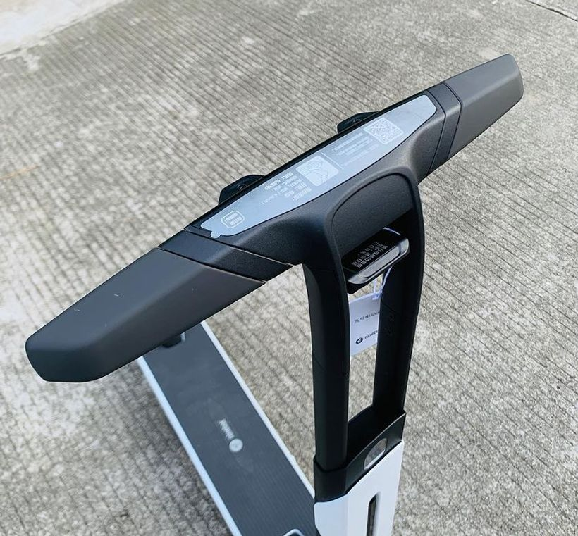 Segway Ninebot Air T15 Handlebar & Bezel-Less LED Display