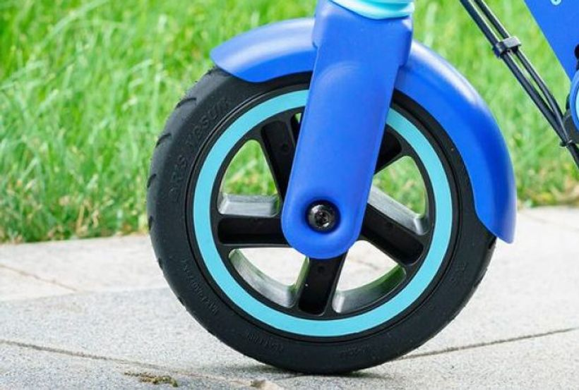 Segway Ninebot ZING E8 Solid Rubber Tires