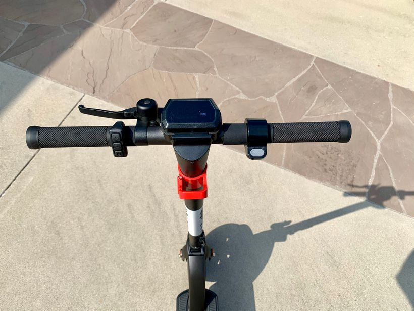 GoTrax G4 Handlebars From Rider's Point of View