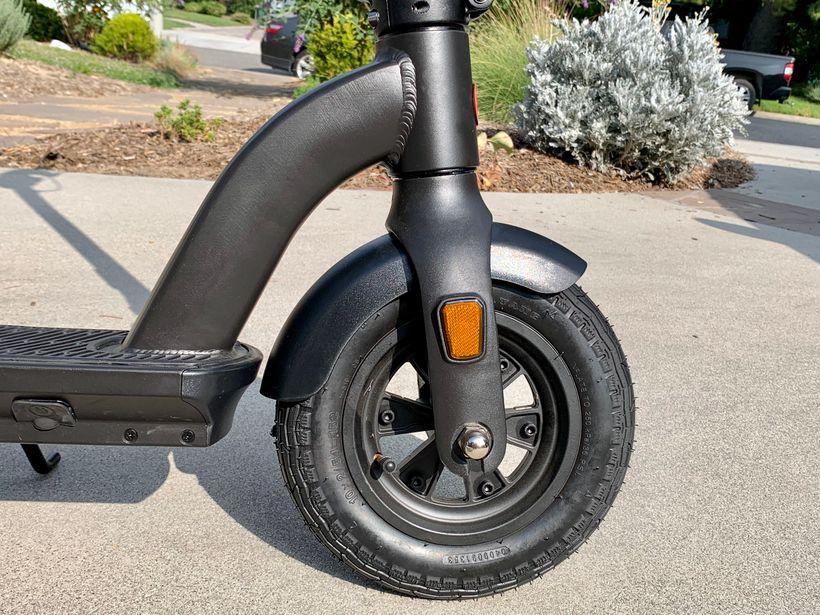 GoTrax G4 Plush Air-Filled Tire