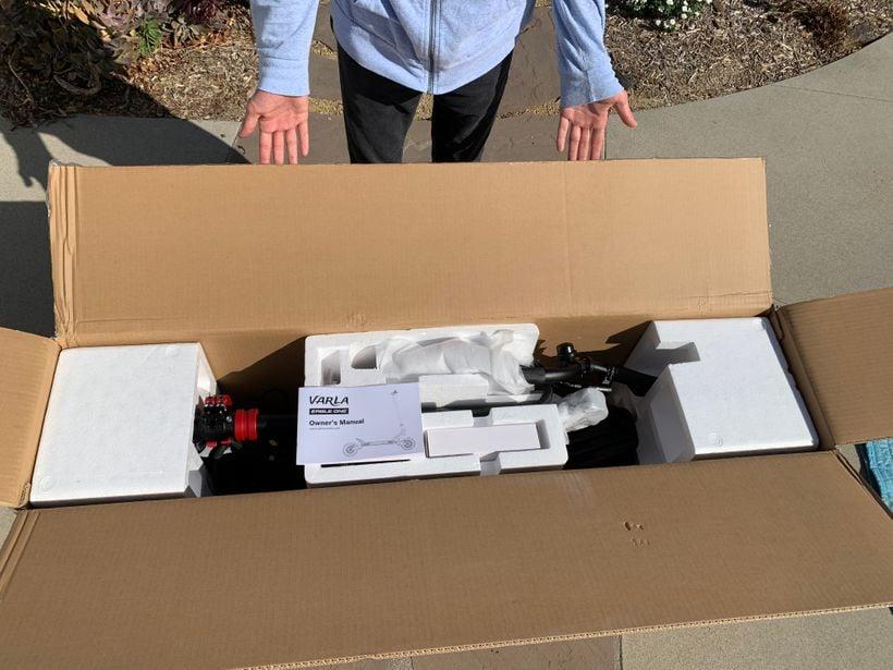 Opening Varla Eagle One Box