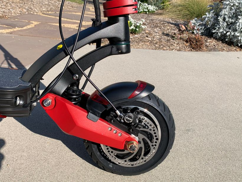 Varla Eagle One Front Mudguard and Hydraulic Disc Brake