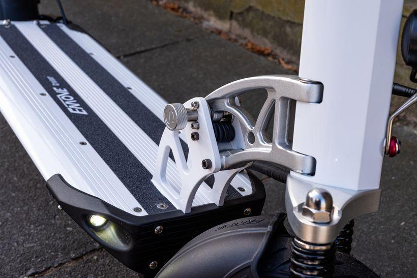 EMOVE Cruiser Folding Mechanism