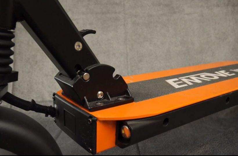 EMOVE Touring Folding Mechanism