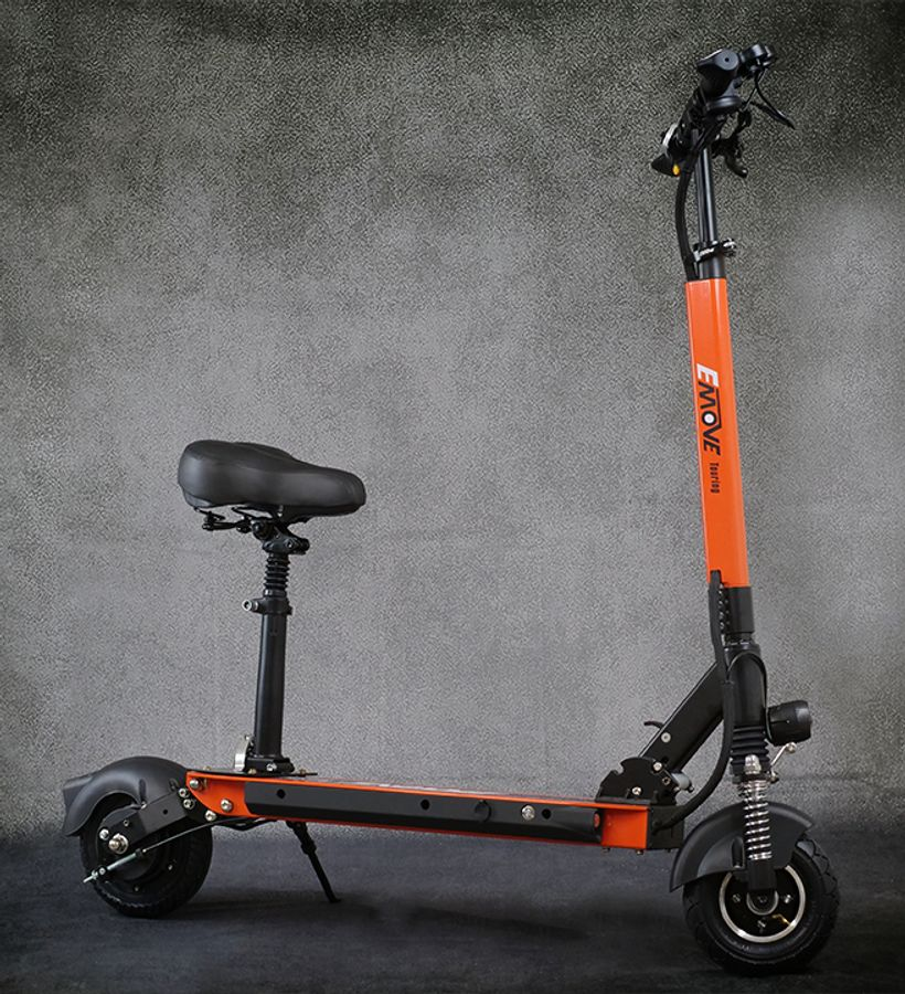 EMOVE Touring With Seat Attached