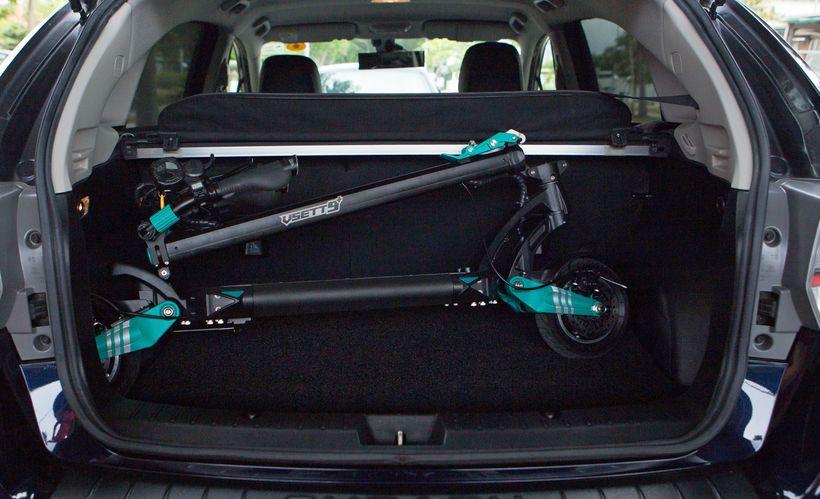 VSETT 9+R Folded in Car Trunk