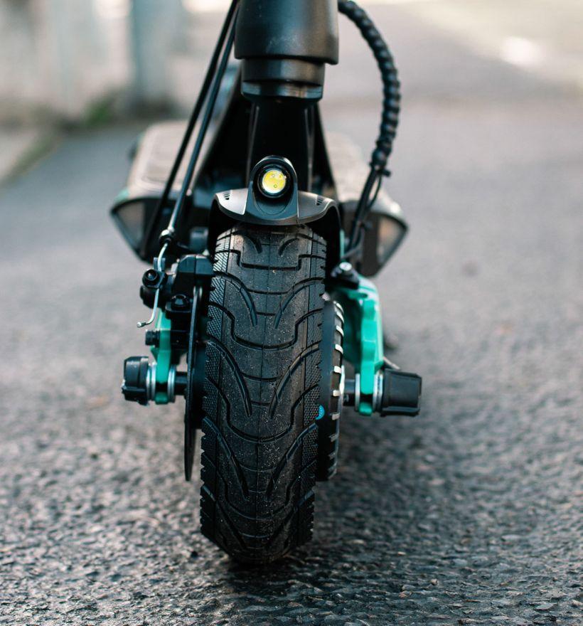 VSETT 9+R Front Tire
