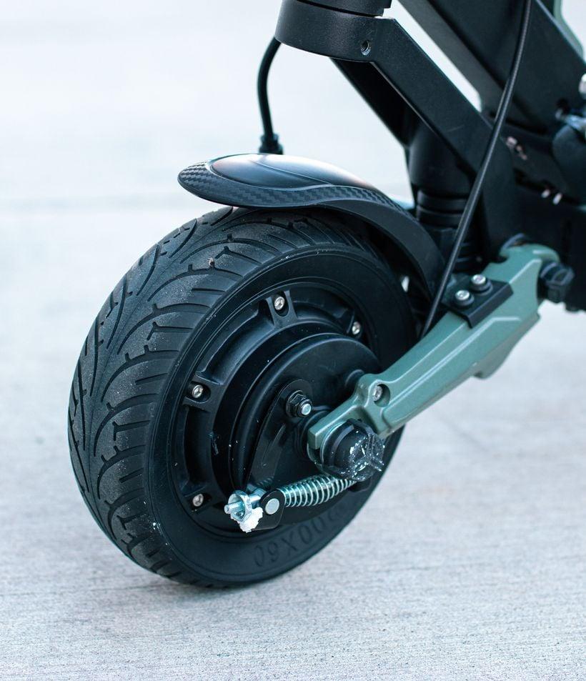 VSETT 8 Front Air-Filled Tires and Drum Brake