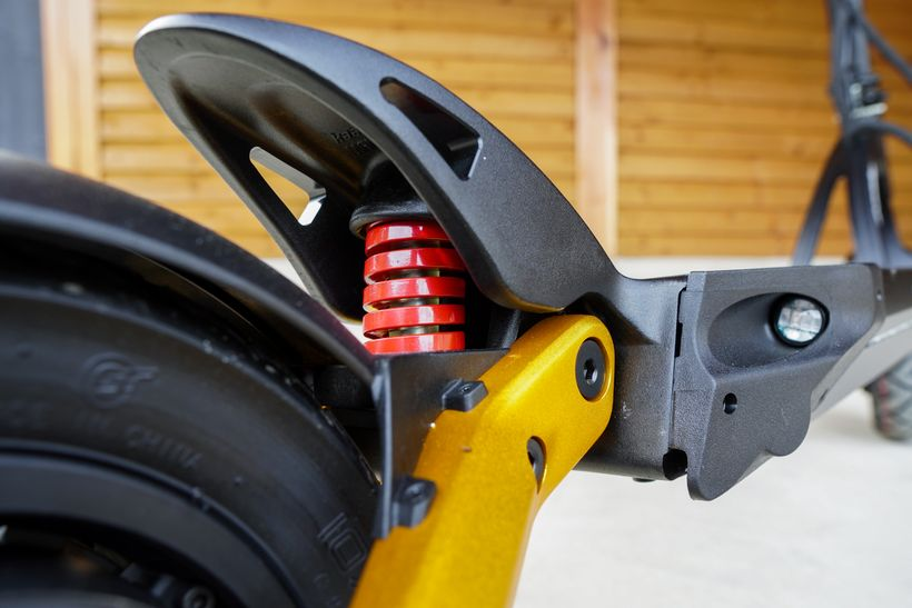 Mantis Pro SE Spring Supension