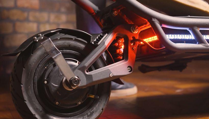 NAMI Burn-e Rear Tire and Taillight