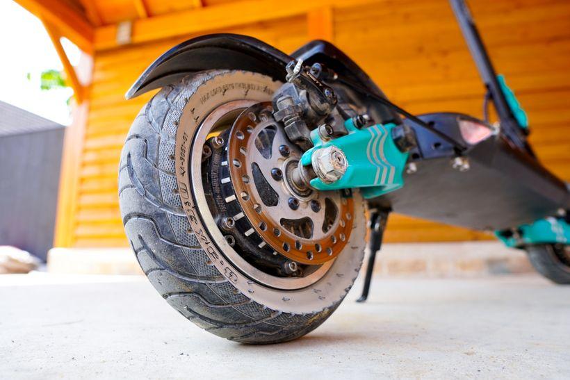 VSETT 9+ Rear Air-Filled Tire