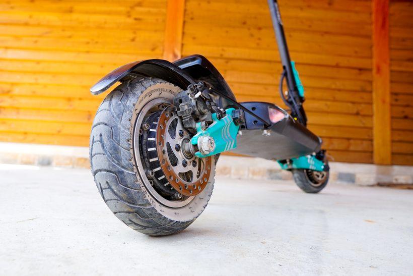 VSETT 9+ Rear Tire and Disc Brake