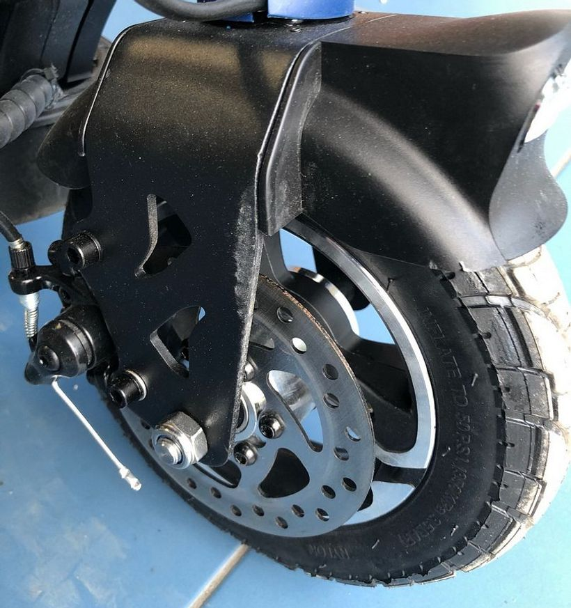 Apollo City Front Tire and Disc Brake