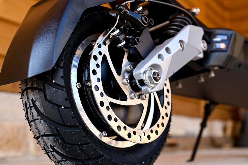 Apollo Phantom Rear Disc Brake