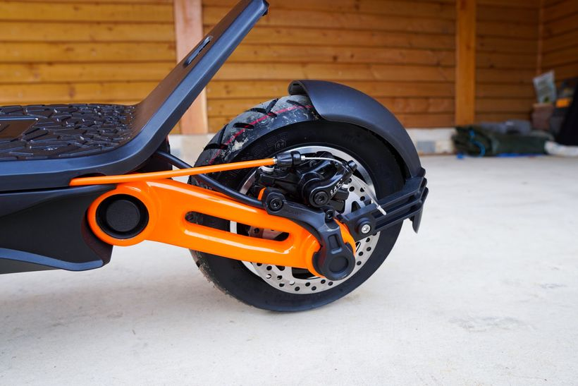 INOKIM Ox Rear Swingarm and Brake Cable Neatly Tucked into the Deck