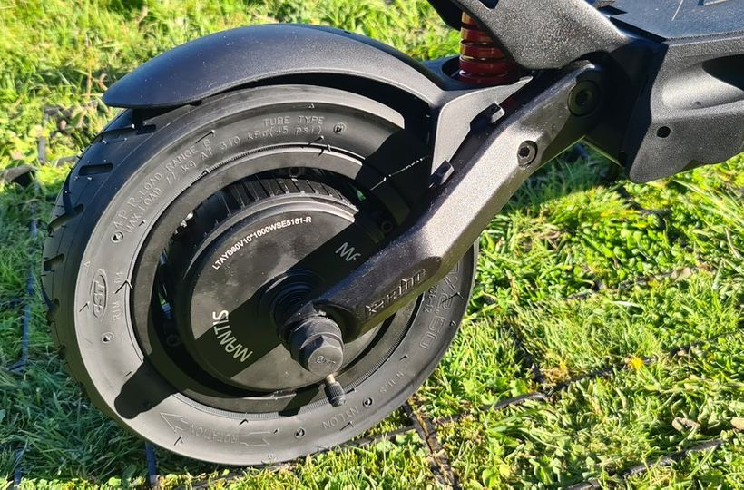 Mantis Pro Rear Tire