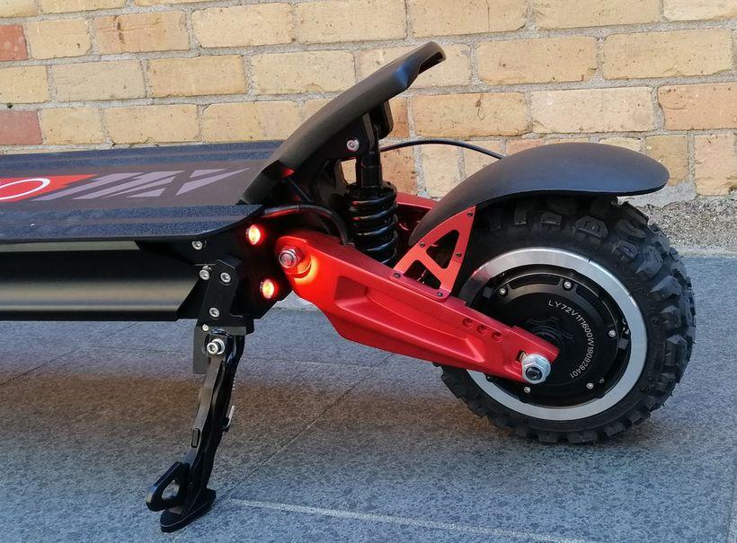 Zero 11X Rear Wheel, Kickplate, and Kickstand